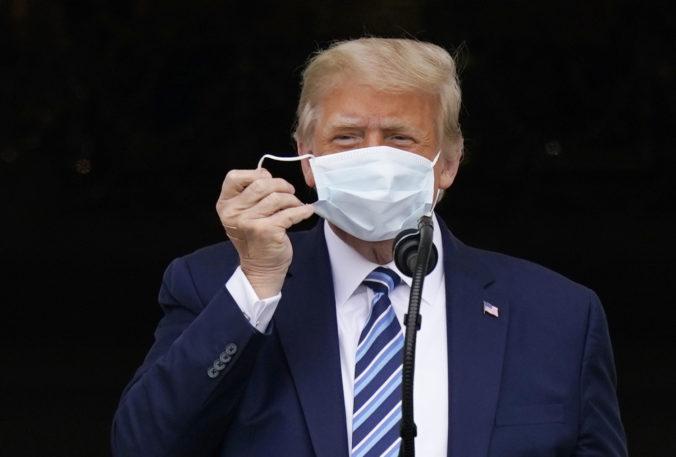 Americký prezident nie je infekčný, podľa jeho lekára už Trump nemôže nikoho nakaziť