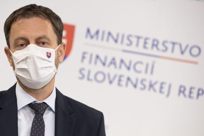 Heger prezradil dôvod vysokého deficitu v rozpočte, na vine je vláda Smeru-SD a zadlžené nemocnice