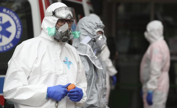 Prešovský kraj poskytne infikovaným lekárom a vojakom internáty, zdravotníkom by mali pomáhať aj študenti