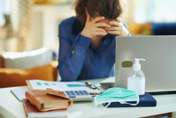 Pracovný stres ovplyvňuje výkon dvoch tretín zamestnancov na Slovensku
