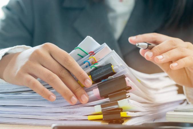Štát plánuje tretiu vlnu znižovania byrokracie, potrebné údaje si budú úrady zisťovať sami