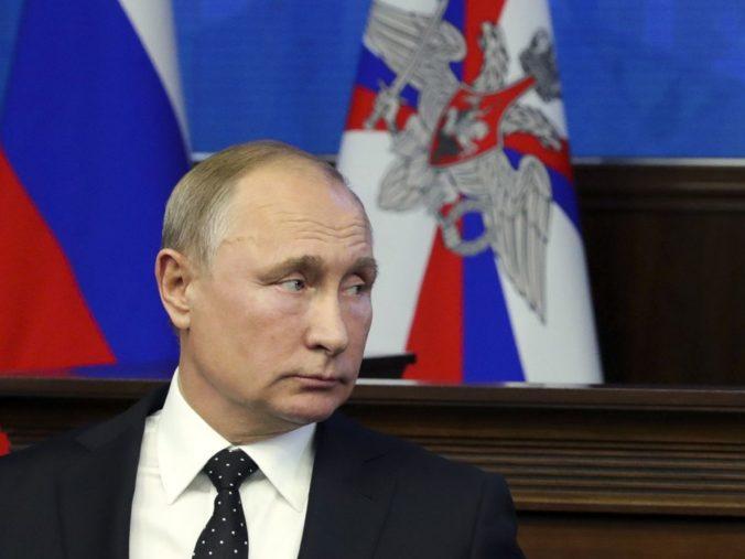 Putin je za pokračovanie jadrového paktu s USA, k rozhovorom by sa mohla pripojiť aj Čína