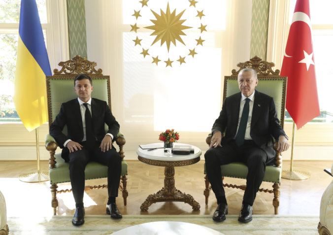 Turecko s Ukrajinou sa dohodlo na vojenskej spolupráci, Erdogan považuje Ukrajinu za kľúčový štát