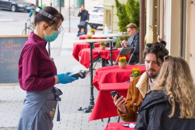 Väčšina reštaurácií už prepustila brigádnikov a časť zamestnancov, pomoc v druhej vlne je nutná
