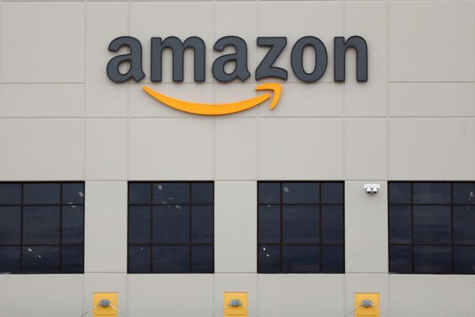 Časť zamestnancov Amazonu môže naďalej pracovať z domu, do roboty nemusia ísť až do júna