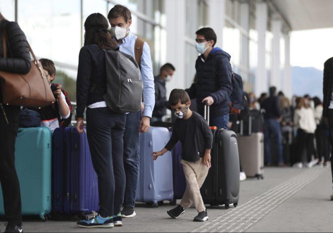 Švajčiarsko posiela cestujúcich zo Slovenska rovno do karantény, Luxembursko je benevolentnejšie