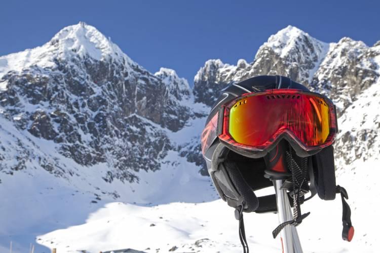Začnite zimnú sezónu lyžovačkou v Tatrách