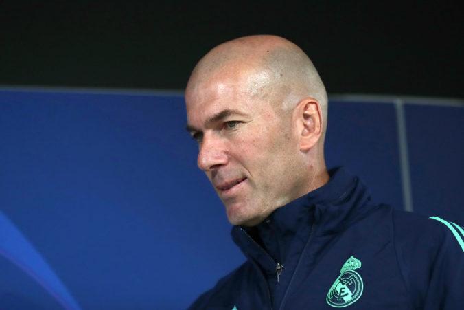 Tréner Realu Zidane má sedem životov, krk mu nateraz zachránilo vydarené El Clásico