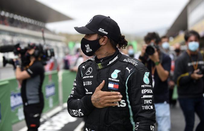 Vettel praje Hamiltonovi víťaznú stovku, prekonanie rekordu mu veštil už pred VC Portugalska