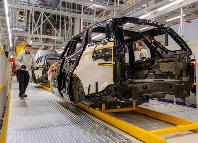 Nitriansky Jaguar Land Rover analyzuje podmienky testovania vo vlastnej réžii