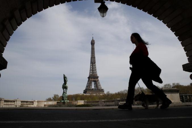 Francúzsko opäť zaviedlo karanténny stav, pri vstupe však občanom členských štátov obmedzenia nehrozia