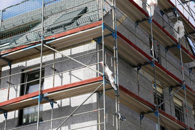Za 19 rokov podporilo ministerstvo obnovu státisícok bytov a výstavbu stoviek rodinných domov