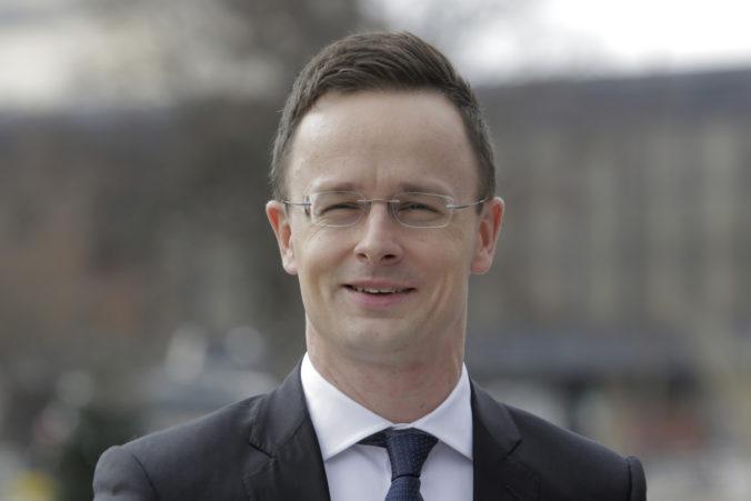 Maďarský minister zahraničia má koronavírus, z Thajska ho pošlú domov osobitným lietadlom
