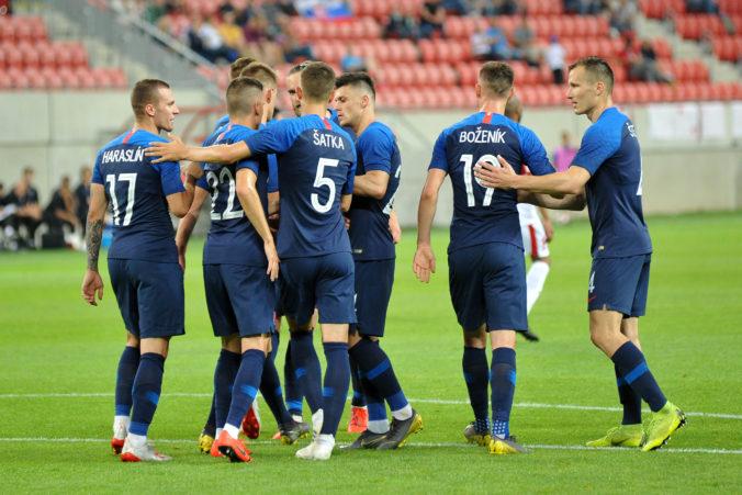 Slováci budú hrať o ME vo futbale pred fanúšikmi, Severní Íri však nemajú v Belfaste zľutovanie