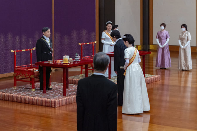 Následníkom japonského cisárskeho trónu sa oficiálne stal korunný princ Fumihito