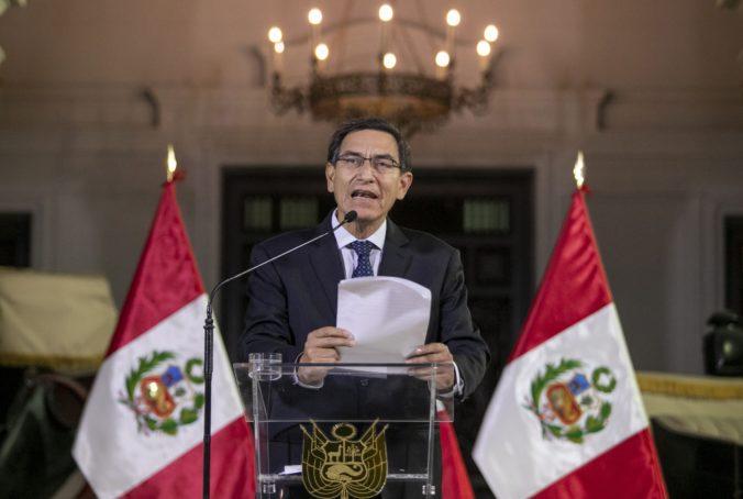 Prezident Peru znovu čelí hlasovaniu o impeachmente, môžu za to nové obvinenia z korupcie