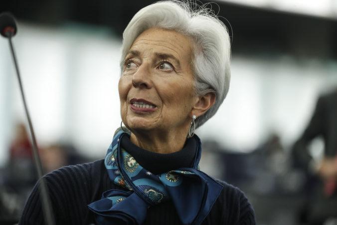 Zotavovanie ekonomiky eurozóny bude pravdepodobne nerovnomerné, myslí si Lagardová