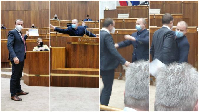 """Žiak rozhneval Mazureka a kotlebovcov v parlamente, spôsobil to nápis """"urevaný nácek"""""""