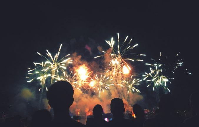 Holandsko zakázalo ohňostroje počas osláv Nového roka, zdravotníkom chcú uľahčiť prácu