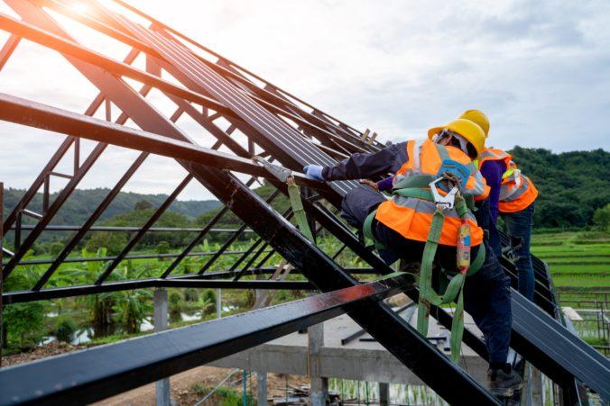 Obnovu verejných budov zrýchli najmä súkromný kapitál, prinieslo by to aj vyššiu zamestnanosť