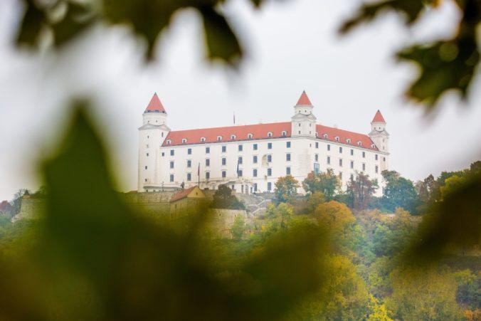 Bratislavské Staré Mesto podporí tri sektory, ktoré sú najviac ohrozené koronakrízou