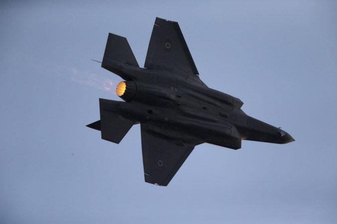 Izrael zaútočil v pásme Gazy po tom, čo jeho územie zasiahli dve rakety militantov