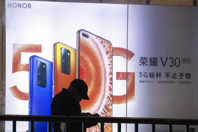Huawei spravil pod tlakom amerických sankcií vážny krok, predal svoju divíziu lacných mobilov Honor