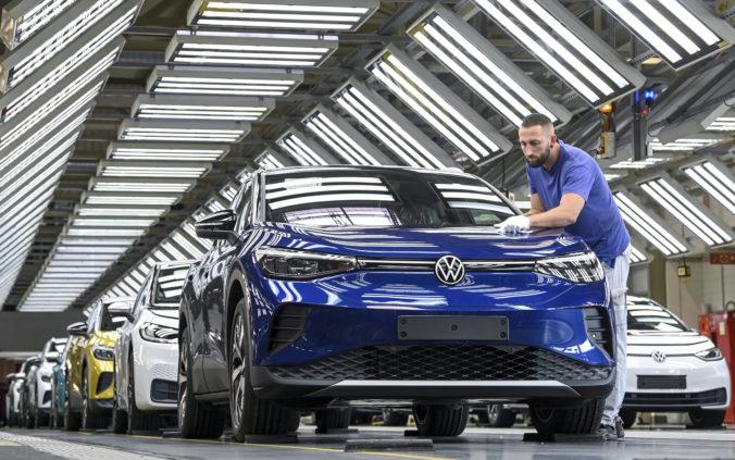 Volkswagen chce byť svetovou jednotkou v elektromobilite, investuje desiatky miliárd eur