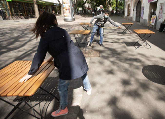 Terasy reštaurácii a kaviarní možno dostanú stopku, ich zavretie výrazne poškodí celé gastropodnikanie na Slovensku