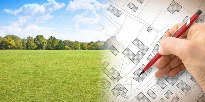 Pozemky v priemyselnej zóne Voderady sa nedarí predať, ministerstvo žiada zmenu uznesenia vlády