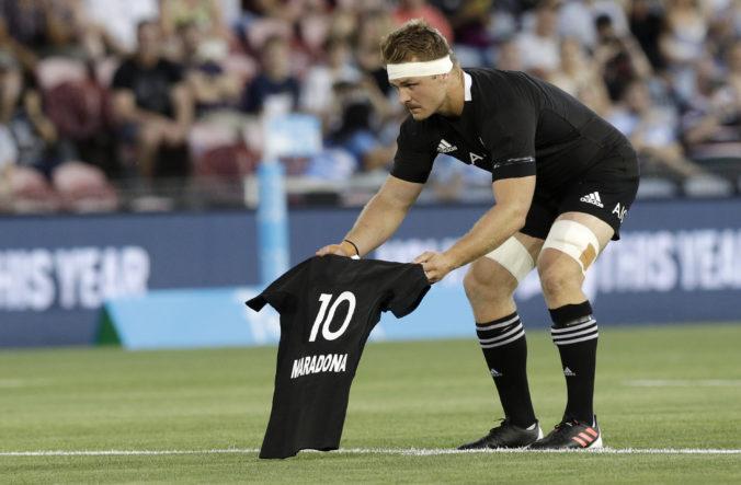 Pamiatku Maradonu si uctili aj ragbysti Nového Zélandu pred zápasom proti Argentíne