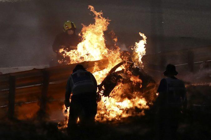 Grosjean po hrôzostrašnej nehode v Bahrajne poďakoval systému Halo, ktorý v minulosti kritizoval (video)