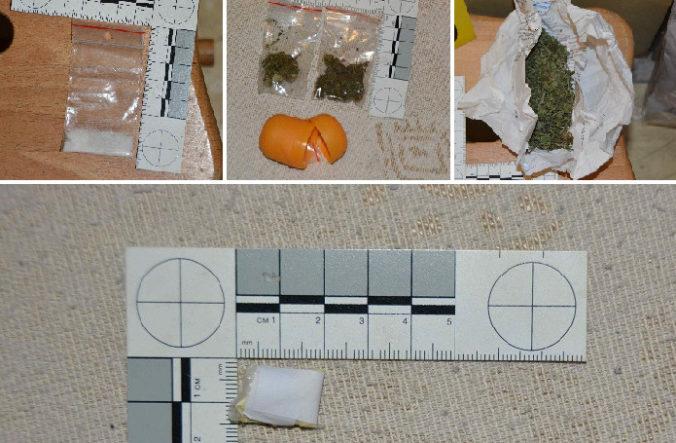 Vo väzbe skončil muž pre drogovú činnosť, trestaný už bol pre rovnakú vec šesťkrát (foto)