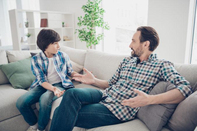 Hovorte s deťmi o alkohole a buďte pozitívnym príkladom