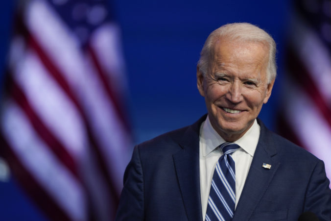 EÚ očakáva obnovenie transatlantických vzťahov po nástupe Bidenovej administratívy