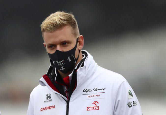 Mick Schumacher smeruje do F1, podpísal zmluvu s americkým tímom Haas