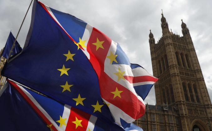 Rokovania o brexite sú údajne blízko dohody