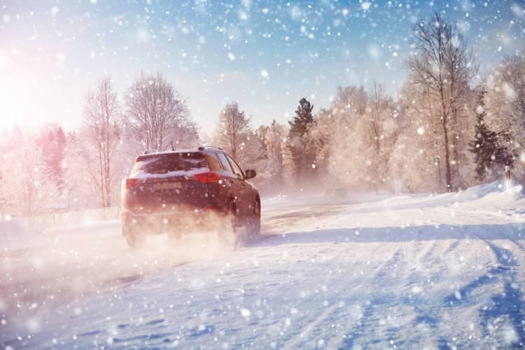 Najčastejšie chyby, ktoré robia vodiči počas zimného obdobia