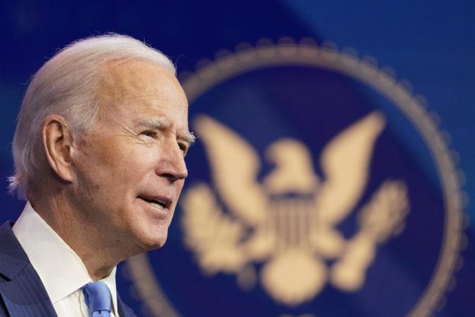 Zbor voliteľov formálne dokončuje prácu voličov a odovzdá hlasy pre nového prezidenta USA