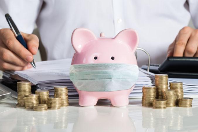 O odklad splatnosti odvodov za december treba Sociálnu poisťovňu požiadať
