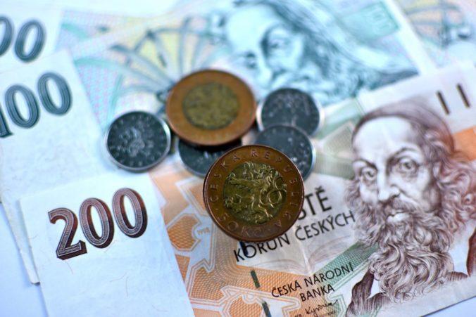 Český parlament schválil redukciu dane z príjmov, chcú tak podporiť zotavenie ekonomiky
