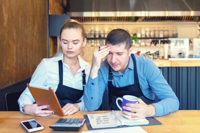 Podniky zasiahnuté druhou vlnou môžu žiadať o dotácie na nájomné, ministerstvo už eviduje 421 žiadostí