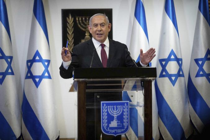 Izrael čakajú nové parlamentné voľby, Netanjahu sa postaví proti populárnemu Saarovi