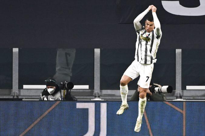 Cristiano Ronaldo prekonal Pelého a na dostrel má Bicana (video)