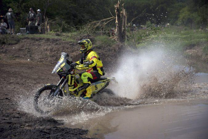 Svitko si na Rely Dakar polepšil, líder v súťaži motocyklistov sa mení po každej etape