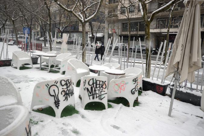 Sneženie trápi väčšinu Španielska, počasie narušilo dopravu a môže byť ešte horšie
