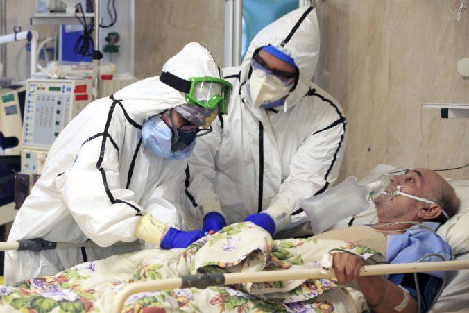Vakcíny od Pfizeru či AstraZenecy nie sú dôveryhodné, Irán sa spolieha na vývoj vlastnej