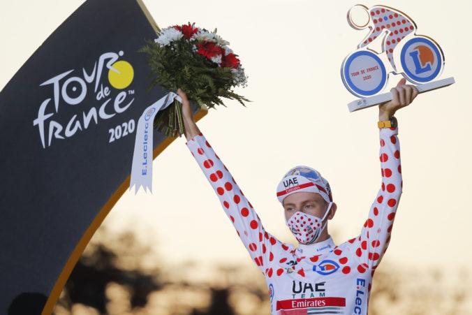 Víťaz Tour de France Pogačar dostane ako výsadu vakcínu proti COVID-19 medzi prvými