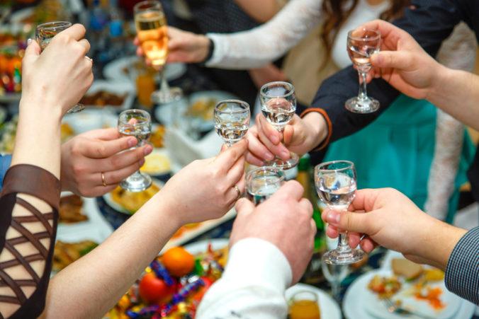 Slováci minuli na alkohol viac ako miliardu, medziročne je to viac o 60 miliónov eur