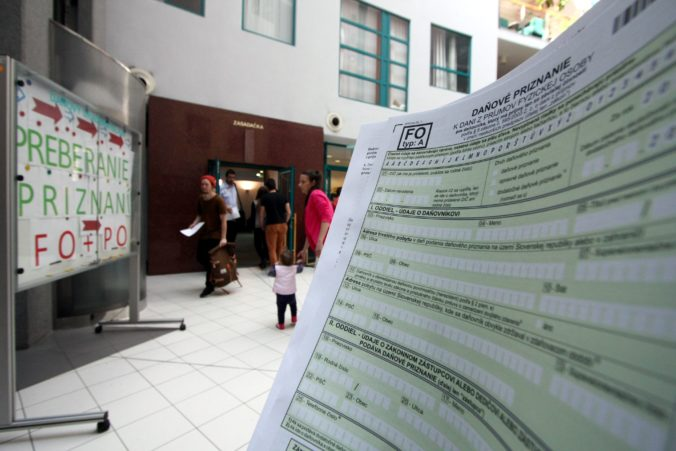 Finančná správa zverejnila e-formuláre k dani z príjmov pre právnické osoby
